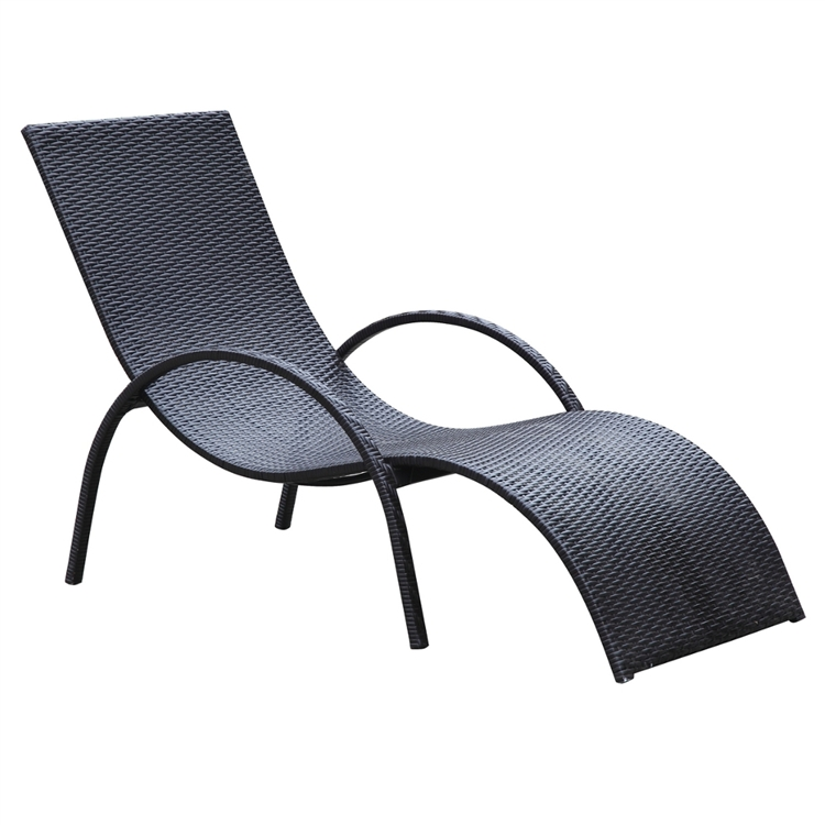 White outdoor lounge chairs casam white chaise lounge for Braddock heights chaise lounge